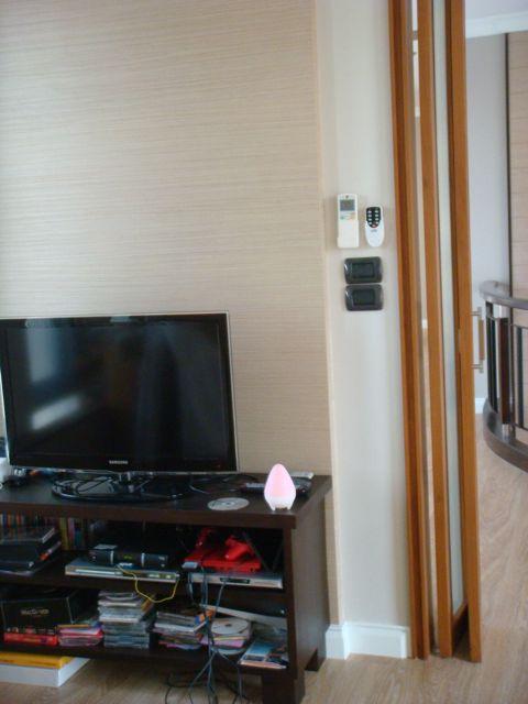 cozy-elegant-modern-house-review-44