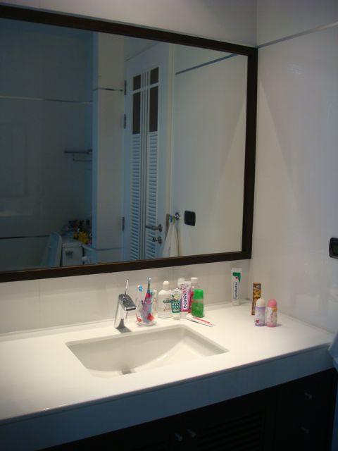cozy-elegant-modern-house-review-62