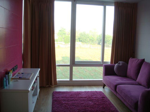 cozy-elegant-modern-house-review-63