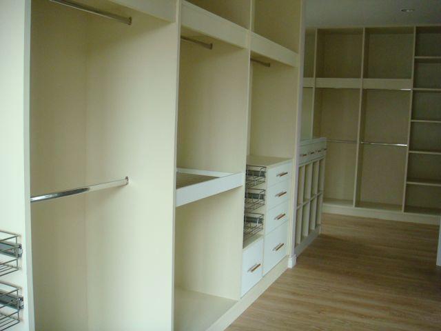 cozy-elegant-modern-house-review-78