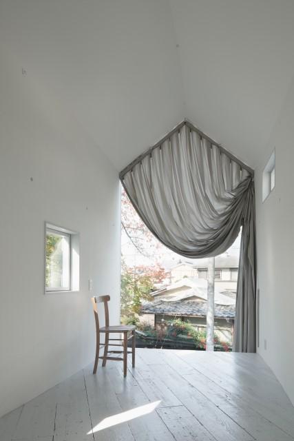 ideas-2-storey-house-narrow-shape-5