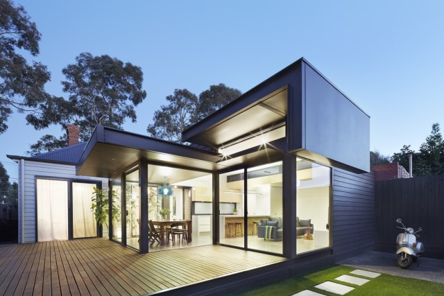 modern-home-renovate-changing-the-shape-function-and-materials-11