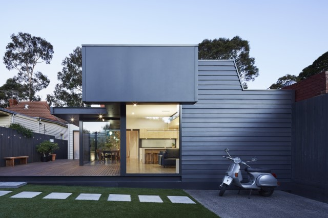 modern-home-renovate-changing-the-shape-function-and-materials-8