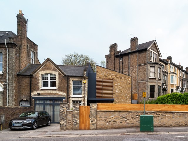 modern-home-renovate-from-victoria-house-4