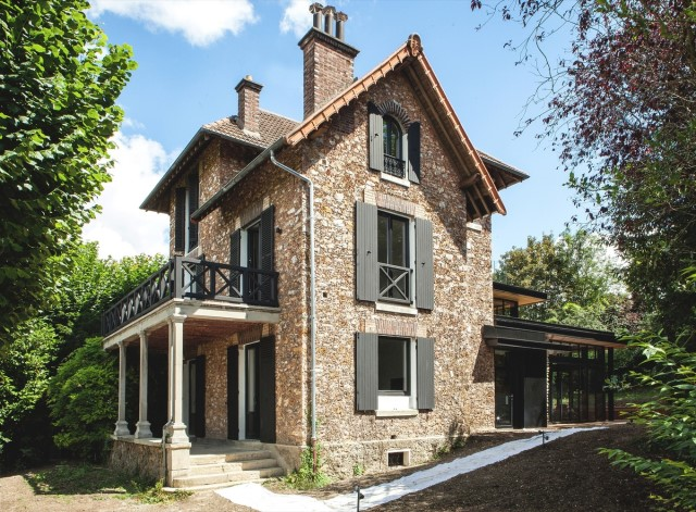 modern-renovate-home-from-renovate-victorian-home-steel-and-wood-14