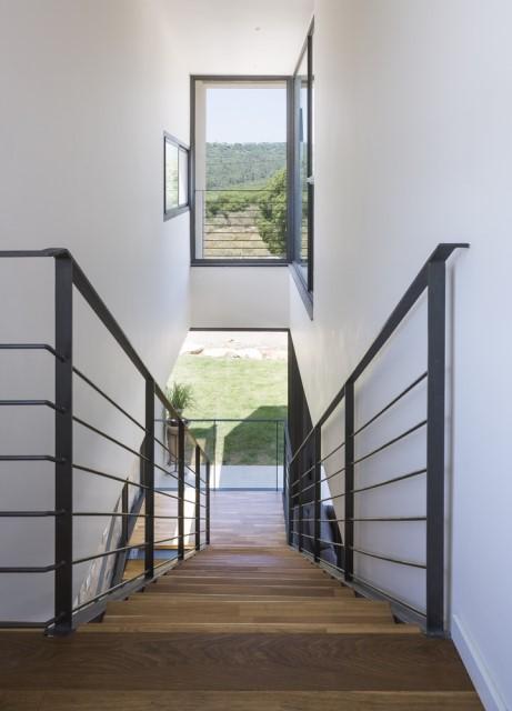 modern-cement-villa-houses-9