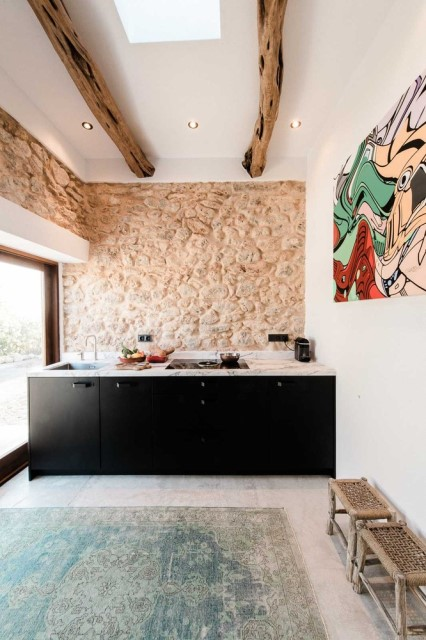 modern-house-mediterranean-style-for-small-family-4