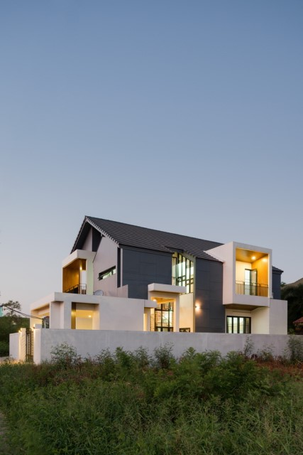 modern-villa-house-concrete-steel-wood-design-12