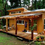 บ้านไม้รัสติคขนาดเล็ก 1 ห้องนอน 1 ห้องน้ำ พร้อมการตกแต่งบริบทที่อิงแอบธรรมชาติ
