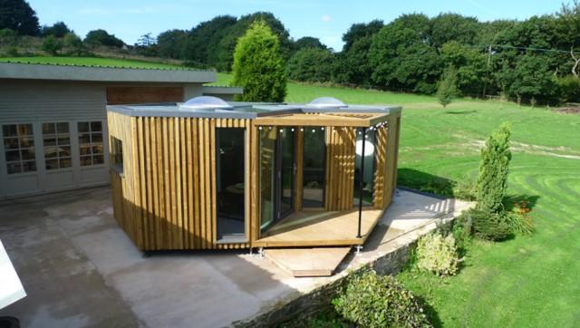 small-home-studio-style-1-bedroom-1-bathroom-2