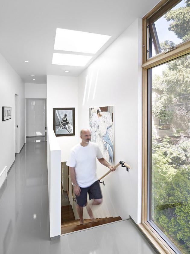 Two-story contemporary narrow home (8)