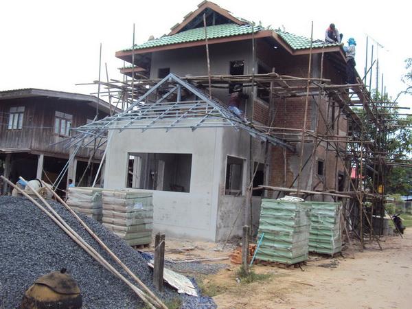 beautiful-2-storey-extraordinary-house-review-15