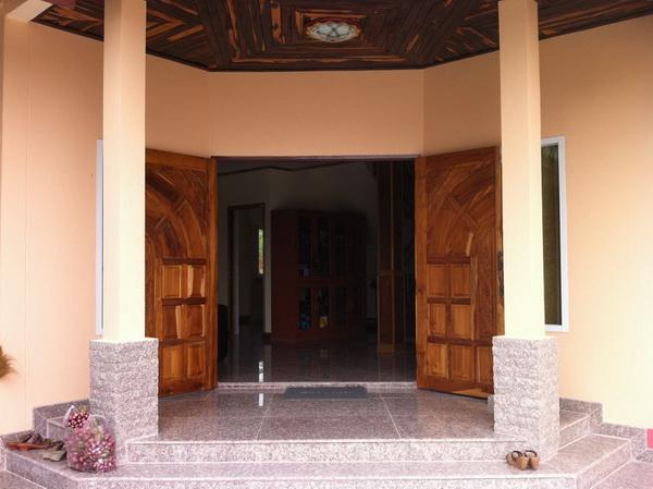 beautiful-2-storey-extraordinary-house-review-32