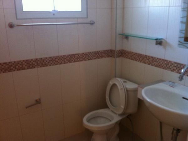 beautiful-2-storey-extraordinary-house-review-44