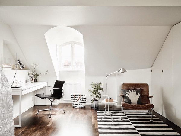 bright-loft-scandinavian-workspace-decor-ideas