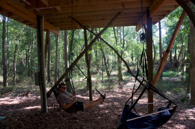 cabins-house-style-tree-house-10