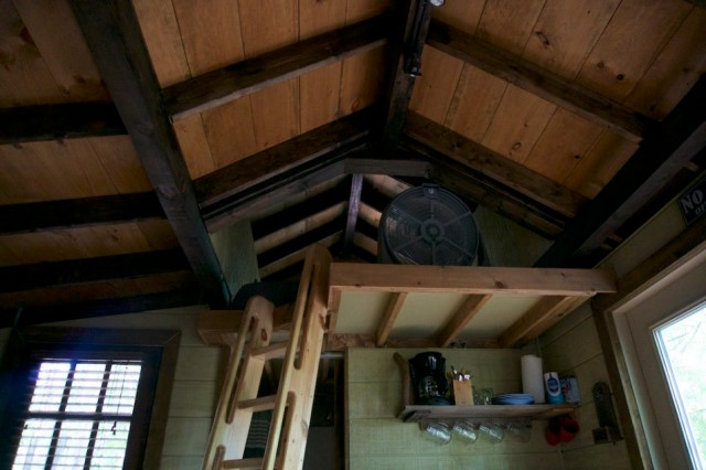 cabins-house-style-tree-house-3