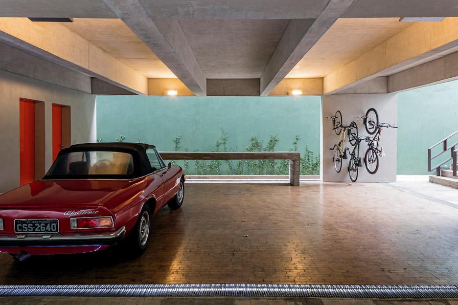 concrete-house-modern-palm-fibre-4