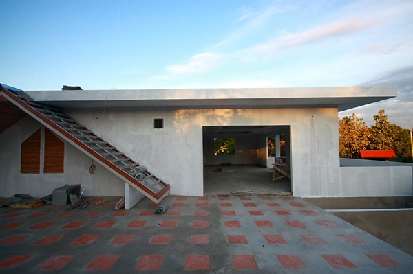concrete-resort-family-house-review-28