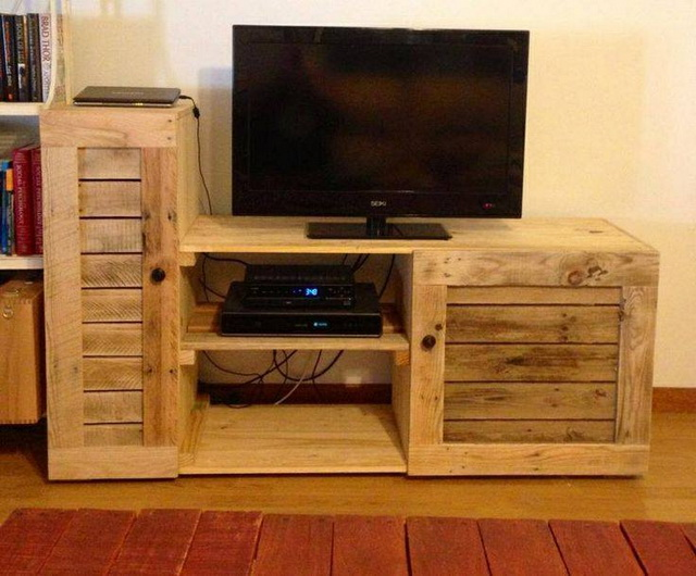 diy-handmade-simple-pallet-tv-units (12)