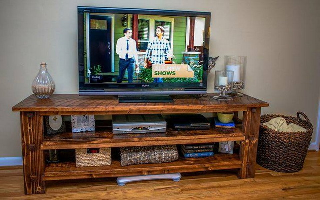 diy-handmade-simple-pallet-tv-units (18)