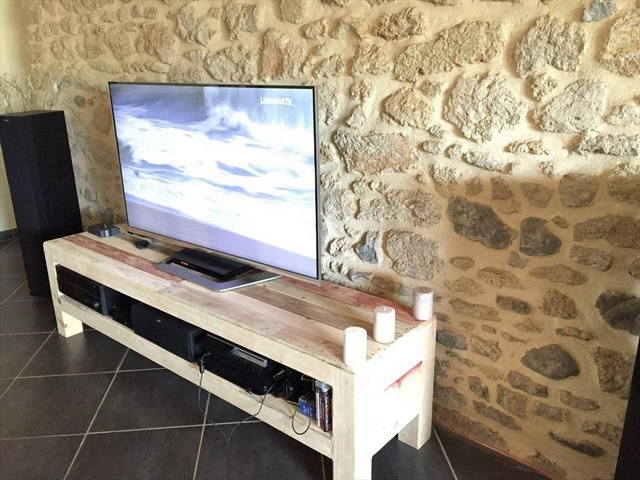 diy-handmade-simple-pallet-tv-units (2)