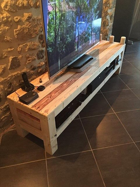 diy-handmade-simple-pallet-tv-units (3)