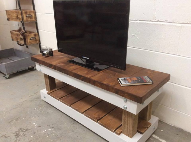 diy-handmade-simple-pallet-tv-units (4)