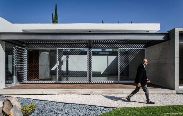 large-home-villa-style-modernloft-design-5