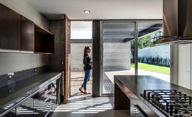 large-home-villa-style-modernloft-design-8