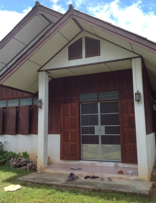 lovely-cozy-small-house-in-chiangmai-2
