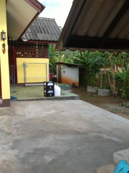 lovely-cozy-small-house-in-chiangmai-28