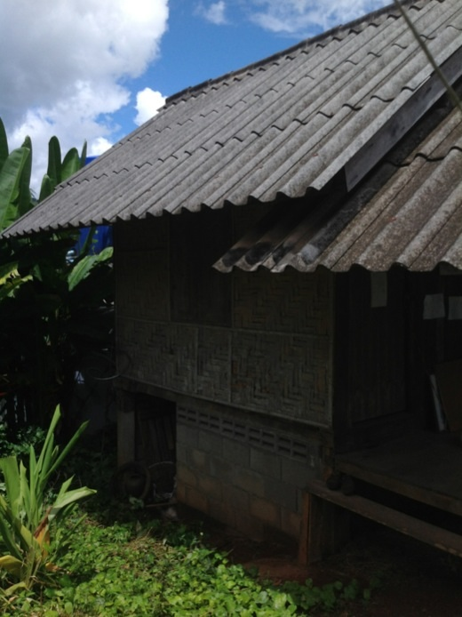 lovely-cozy-small-house-in-chiangmai-6