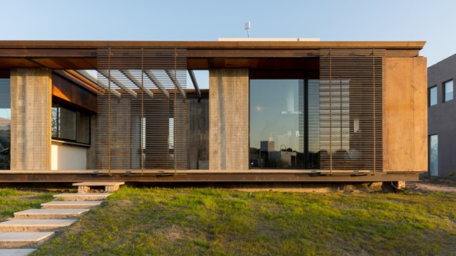 modern-two-story-house-simplicity-wood-cement-glass (11)