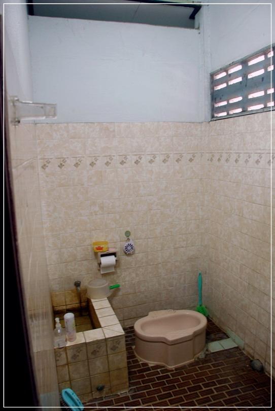 old-restroom-to-modern-restroom-renovation-1