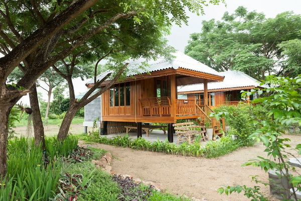 small-wood-house-suan-phai-homestay-2