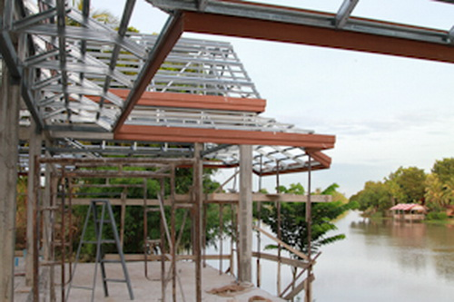 thai-contemporary-riverside-house-review-11