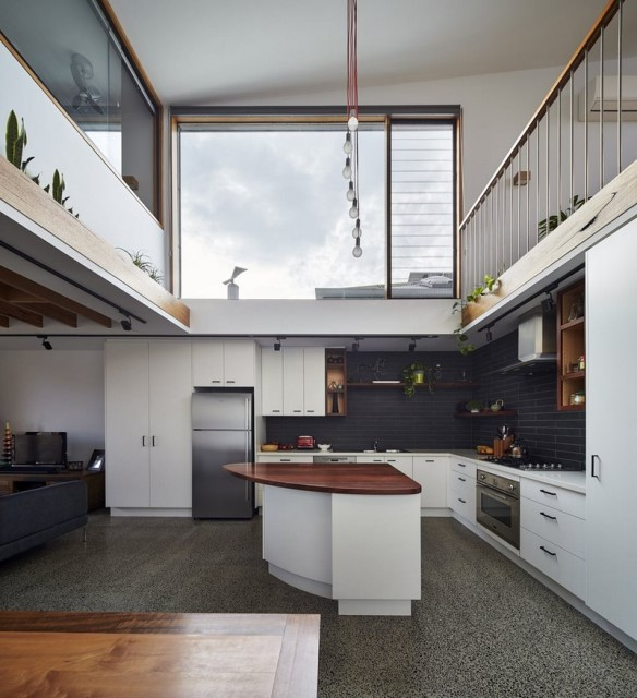 townhome-narrow-design-natural-materials-4