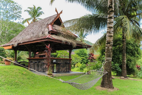 traditional thai wooden house (16)