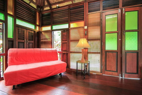 traditional thai wooden house (6)