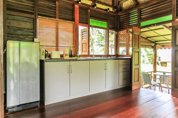 traditional thai wooden house (9)