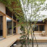 บ้านสองชั้นสไตล์ร่วมสมัย ตกแต่งแบบบ้านญี่ปุ่นสมัยใหม่ โชว์งานไม้แบบมินิมอลลอฟท์