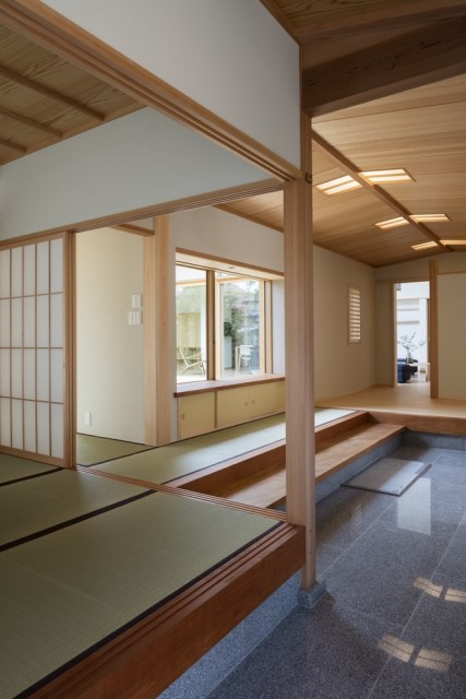 two-storey-modern-house-japanese-style-2