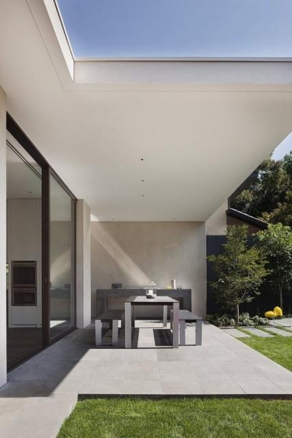 two-story-modern-house-box-shape-design-11