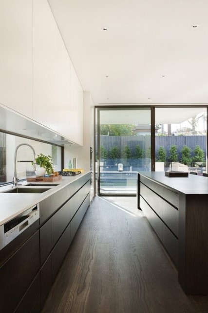 two-story-modern-house-box-shape-design-18