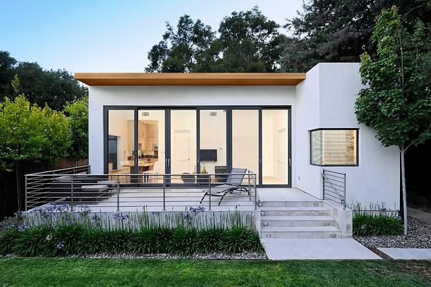 white-modern-minimal-house-1