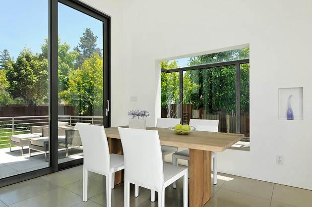 white-modern-minimal-house-3