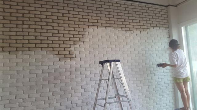 white-studio-room-decoration-review-15