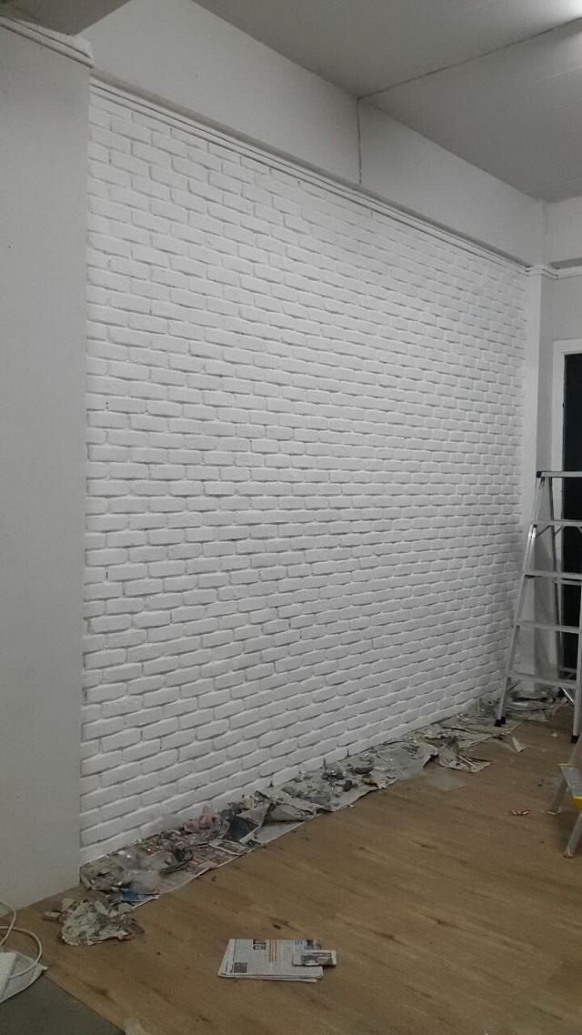 white-studio-room-decoration-review-16