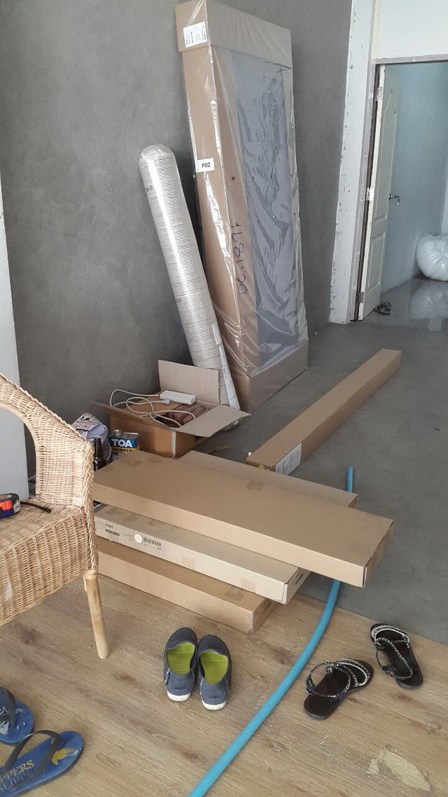 white-studio-room-decoration-review-19